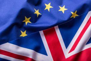 EU och UK - flaggor
